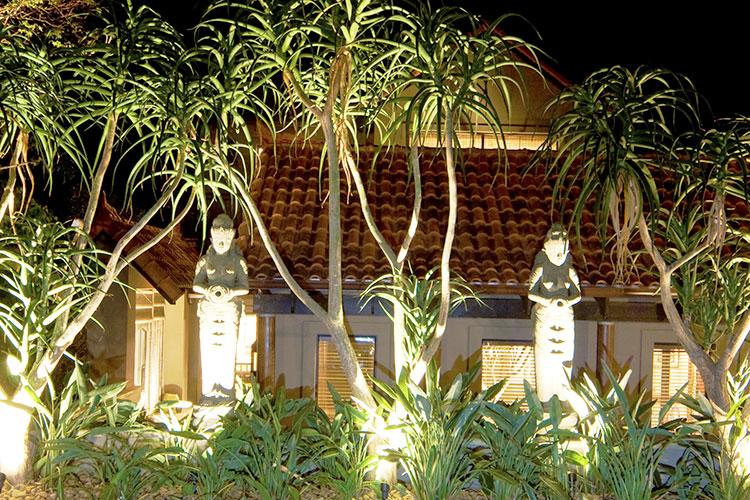 exterior-garden-vistas-(33)